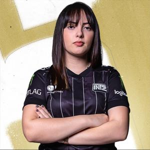 Miranda, a primeira mulher a jogar o campeonato brasileiro de R6